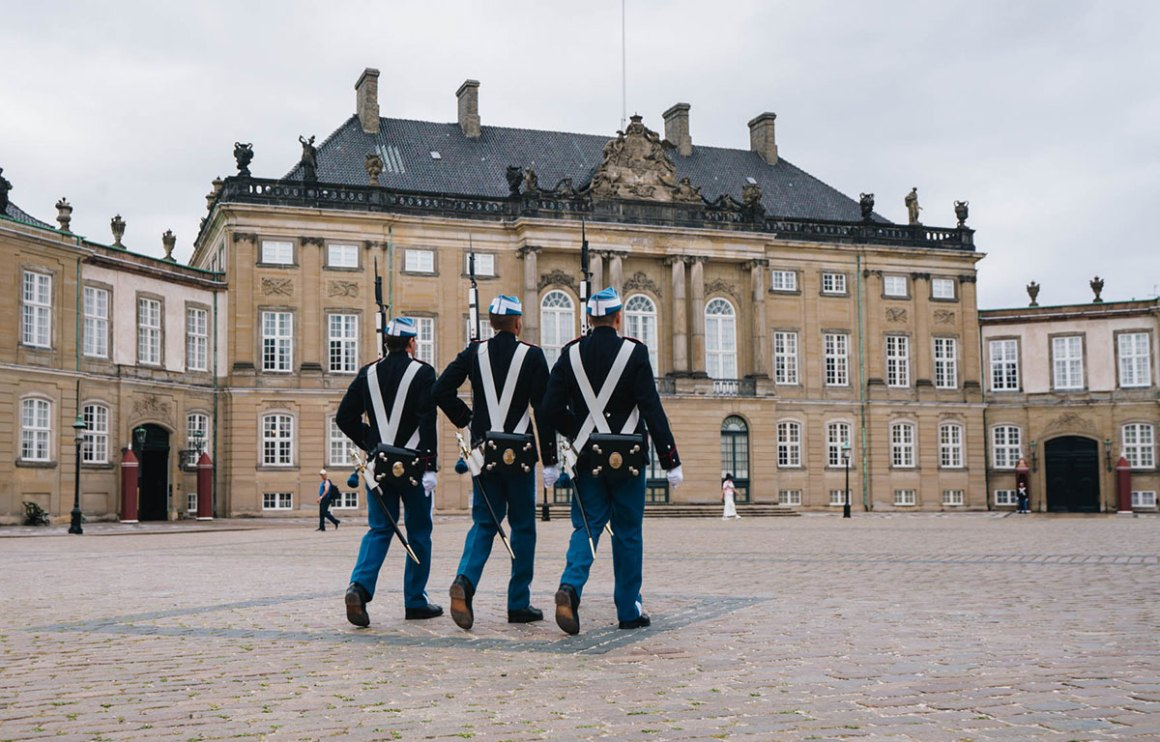 Wisseling van de wacht Amalienborg Palace