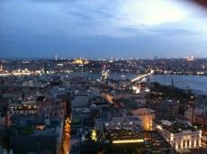 Aussicht von der Mikla-Terrasse im 18. Stock
