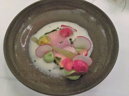 Lachsforelle | Spargelsalat | Avocado