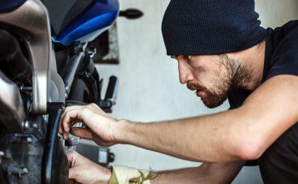Gerade Zweirad-Neulinge sind gut beraten, bei der Auswahl einer gebrauchten Maschine genau auf die technischen Details zu achten.