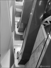 #9 - Museo Pablo Serrano - tramos de escalera mecánica