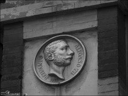 Averly - placa conmemorativa