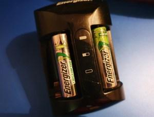 Stele care pier - o poveste despre baterii reîncărcabile