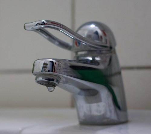 1920-bathroom-faucet-vienhoang-com