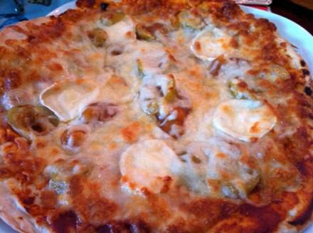 Foam - Pizza mit Ziegenkäse und Feigen