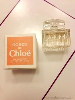 26 Beautesse Beauty Box Dezember 13 Roses de Chloé