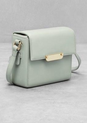 Mini leather shoulder bag € 75,00