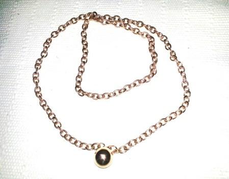 Edelstahl Kette rosé vergoldet € 25,00 http://www.newone-shop.com/new-one-jewelry/lange-kette-rose-vergoldet-kugel-anhaenger-statement-kette.html