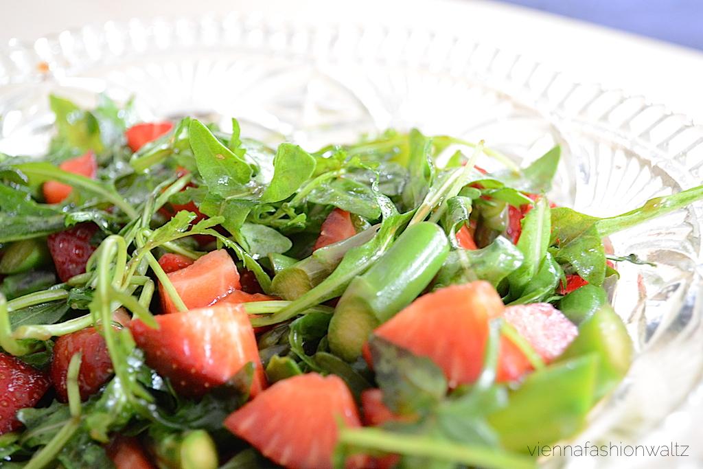 Spargel Erdbeer Rucola Salat Rezept   leichter Leben