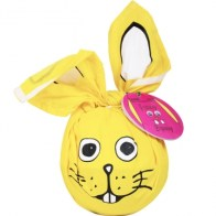 Lush Funny Bunny Dusche € 29,95 https://www.lush.at/shop/product/product/path/297/id/2217/OSTERN-Funny-Bunny-Dusche