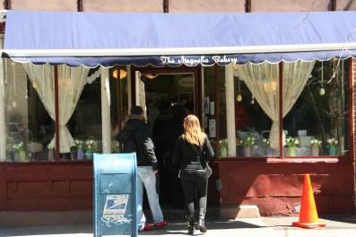 NYC Magnolia Bakery3