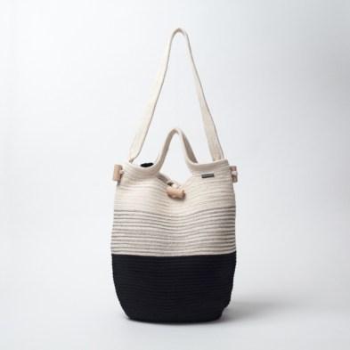 ...auch als Tasche tragbar http://www.lieblingsbrand.at/shop/rucksack/rucksack-aus-seil-garn/
