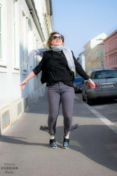 Sneaker Denim Fashionblog www.ViennaFashionWaltz.com Wien Österreich Austria (20 von 26)