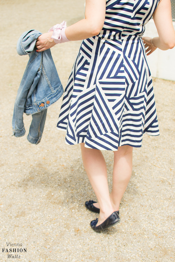 Kleid Zalando Chanel Brosche Jeansjacke Bandana Sabinna Fashion Blog Wien www.ViennaFashionWaltz.com-43 (7)