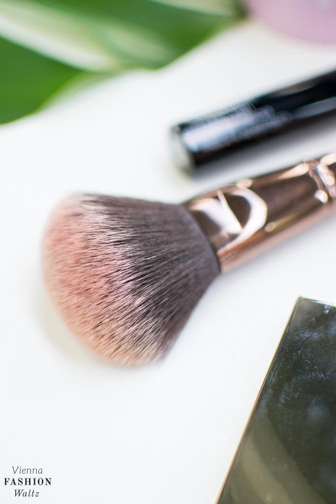 Beautyblog BBlog Wien Austria www.viennafashionwaltz.com Daily Routine Guerlain Estee Lauder Clinique Glossybox sheStyle Origins Maybelline (12 von 19)