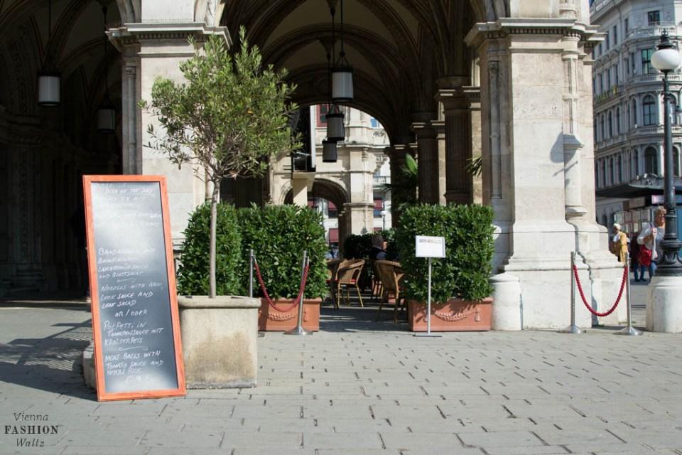 blog-wien-austria-www-viennafashionwaltz-com-cafe-oper-wien-wiener-oper-fruehstueck-staatsoper-102-von-59