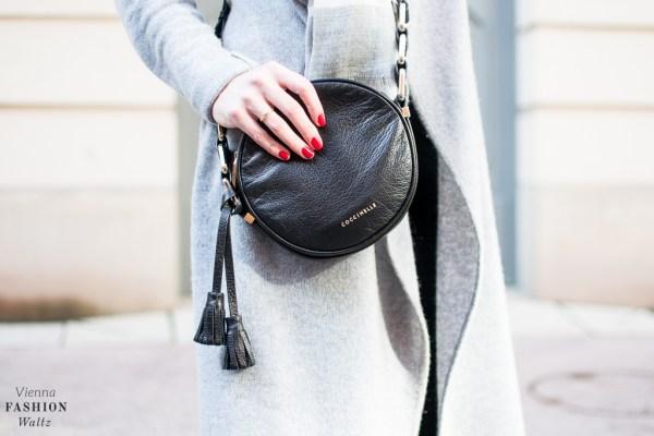 fashion-food-lifestyle-blog-wien-austria-oesterreich-www-viennafashionwaltz-com-cozy-knits-comma-cardigan-hm-schal-coccinelle-tasche-tkmaxx-esprit-jeans-36-von-37