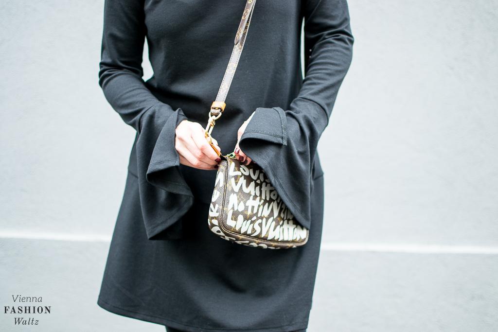 fashion-food-lifestyle-blog-wien-austria-osterreich-www-viennafashionwaltz-com-all-black-outfit-look-black-dress-6-von-50