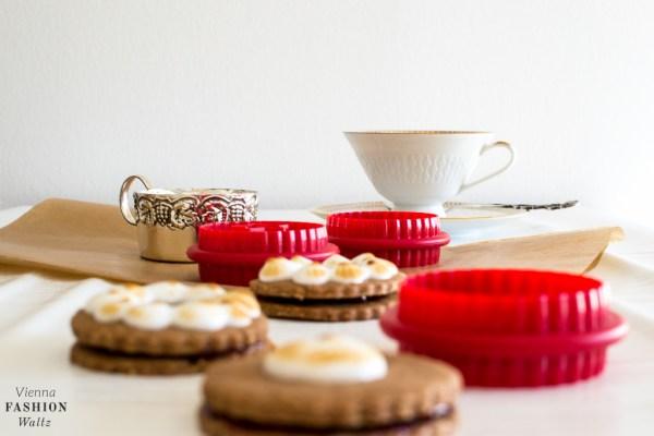 fashion-food-lifestyle-blog-wien-austria-oesterreich-www-viennafashionwaltz-com-schwarzwaelder-kirsch-kekse-rezept-tchibo-linzerplaetzchen-ausstecher-20-von-31