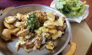 The Waldviertler Knödelgröstl with Bacon, Scrambled Eggs and Green Salad
