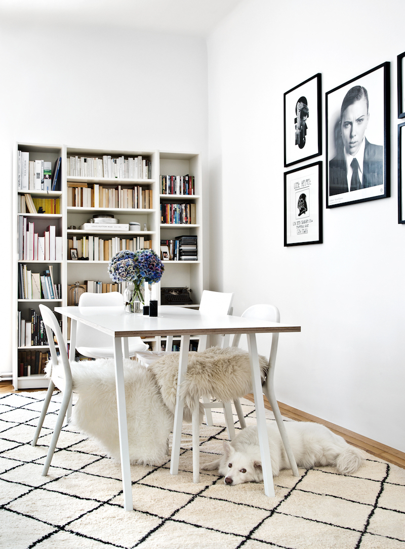 AT PEEK INTO THE HOME OF CAROLA POJER WITH WESTWING