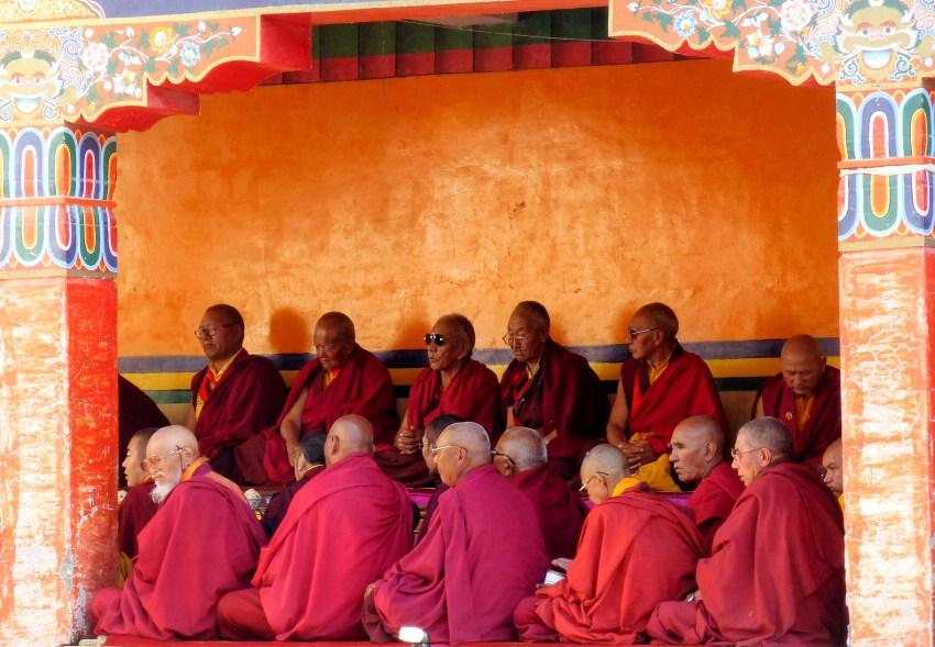 Fête religieuse à Lamayuru et moines