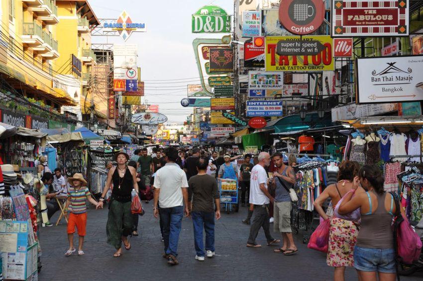 bangkok kaosan road