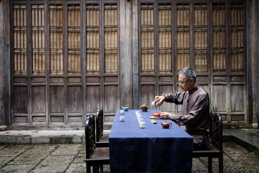 tasting chinese tea