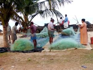 Marari Beach réparation des filets