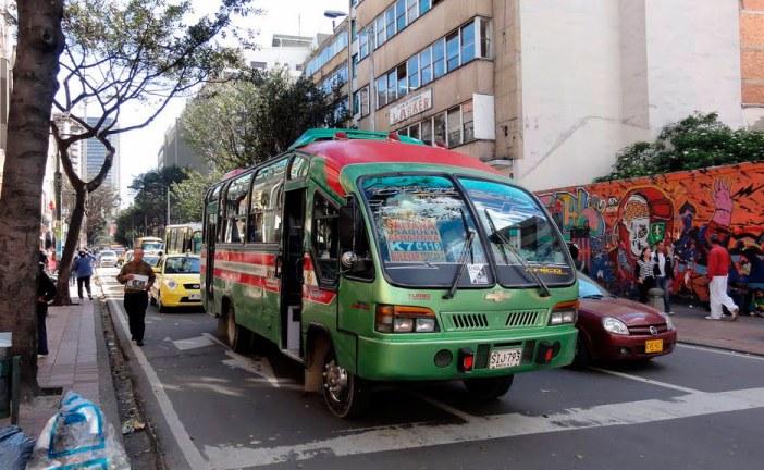 Nuevo caso de asalto masivo a pasajeros de bus en el centro de Bogotá