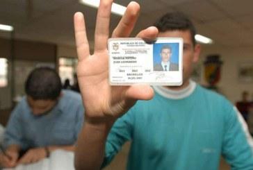 Jóvenes víctimas de desplazamiento podrán sacar su libreta militar gratis