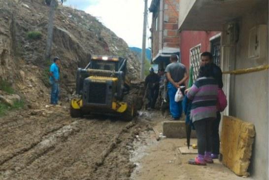 Fuertes lluvias en Bogotá provocaron deslizamiento en Ciudad Bolívar