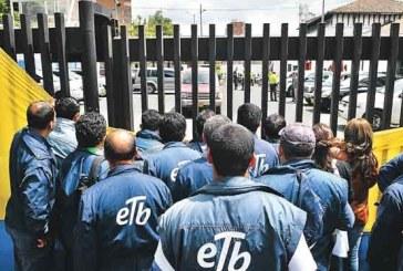 Mientras se discute la venta de la ETB, las protestas son recibidas por el ESMAD