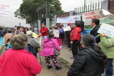 Plantones en Bogotá por la crisis de los hospitales.
