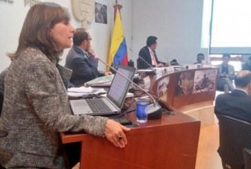 Ángela María Robledo pide investigar millonarios contratos de asesoría del Alcalde Peñalosa