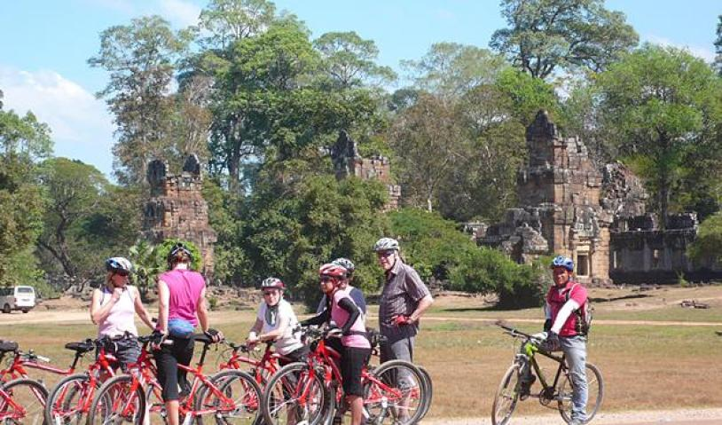 EXPERIENCES OF KHMER CYCLING TOUR