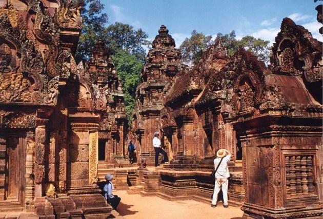 VIETNAM AND CAMBODIA TOUR OF WONDERS