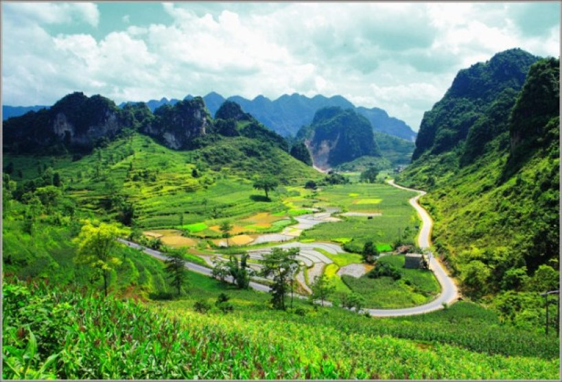 TOUGH TREKKING AND HOMESTAY TOUR IN LANG SON - CAO BANG