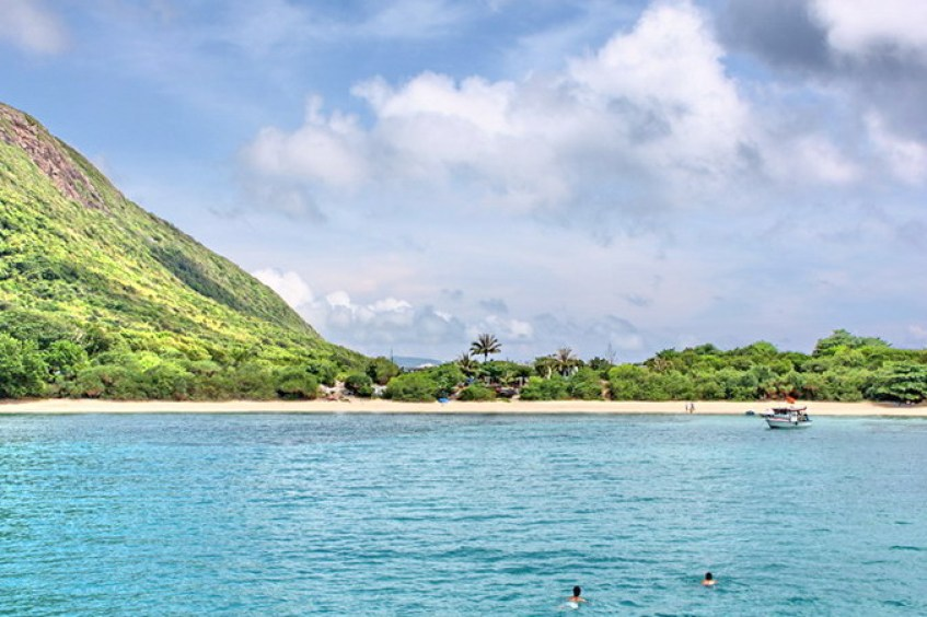 SAIGON - CON DAO PACKAGE TOUR FOR BEACH RELAXATION