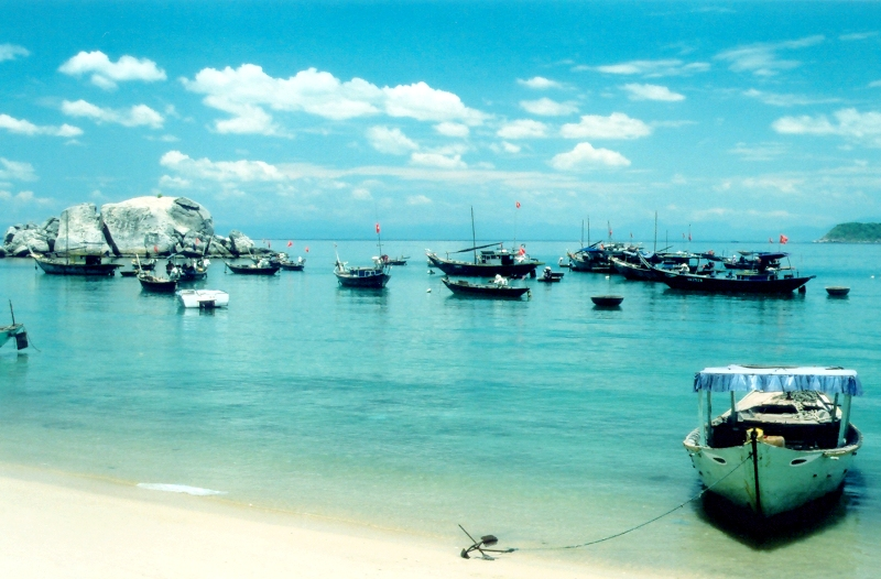 Hoi An Set-Departure Tours to Cham island, Hoi An Daily Group Tours