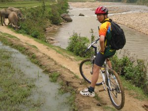 VIETNAM NORTH-WEST MOUNTAIN CYCLING TOUR