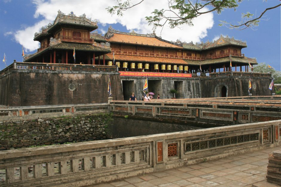 Central Vietnam Stopover Tour in Hue, Hoi An, Da Nang