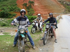 ESSENTIAL HANOI NORTHWEST MOTORBIKE TOUR