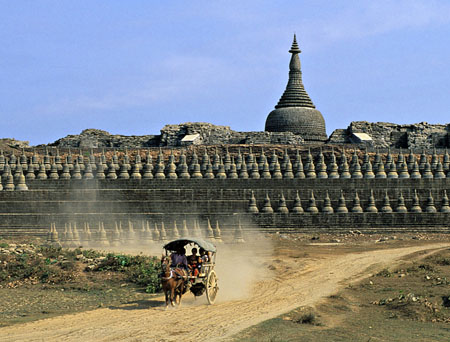 YANGON TOUR TO THE LOST CITY OF MRAUK U