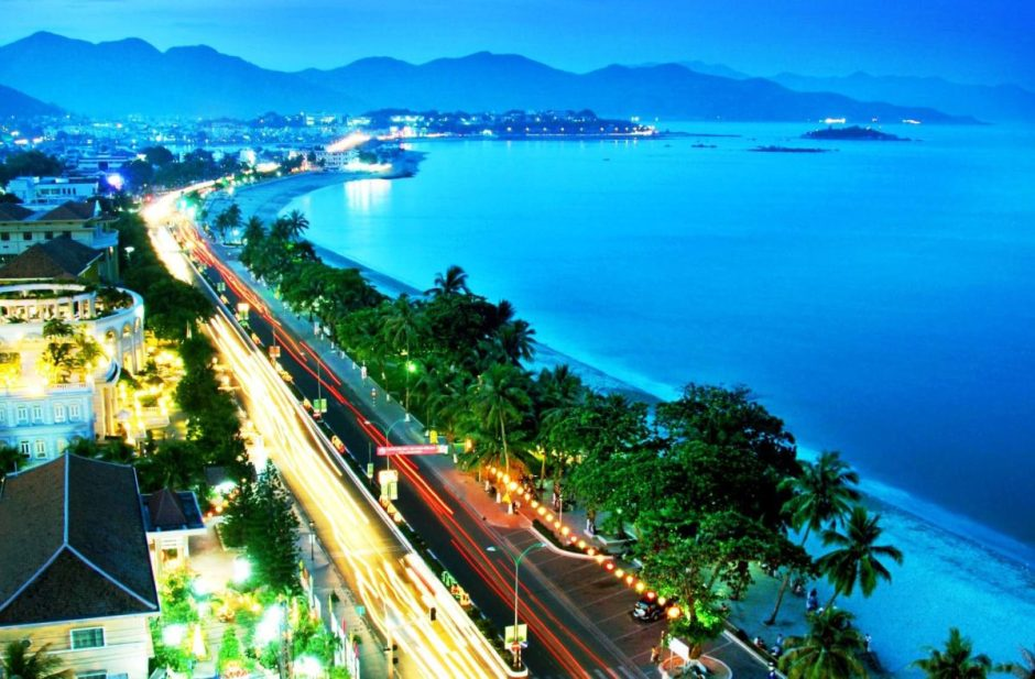 MEMORABLE VIETNAM FAMILY HOLIDAY WITH BEACHES
