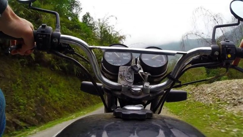 SHORT VIETNAM MOTORBIKE TOUR TO HA GIANG