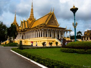 LAOS CAMBODIA FAMILY HOLIDAY FOR ESCAPES