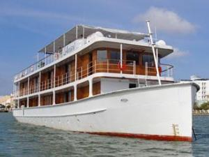 L'Amant Upstream Cruise Tour from Saigon to Phnom Penh