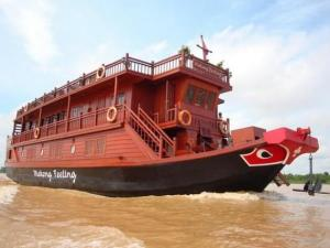 Mekong Feeling Cruise Holiday from Can Tho to Phnompenh - 3 Days
