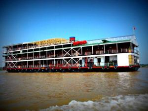 RV River Orchid Cruise Holiday from Saigon to Siem Reap - 8 Days